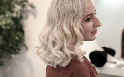Como hacer un cabello blanco con raíces oscuras